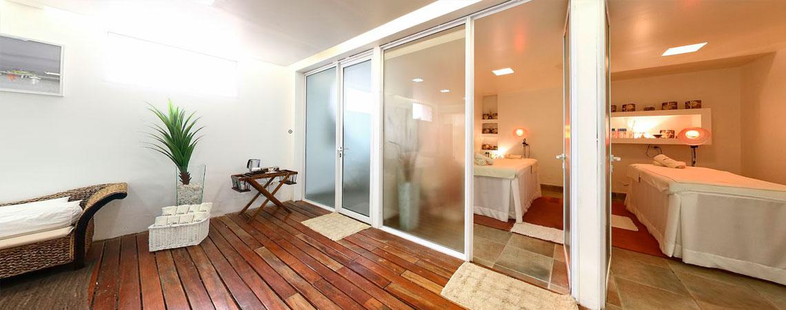 Spa del Hotel: Vista de camillas de masajes